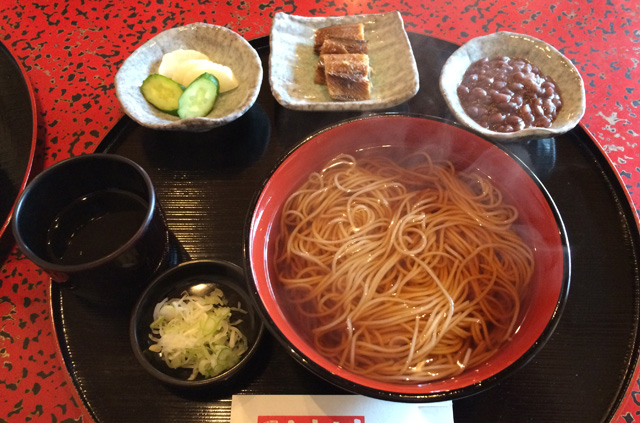 温喜六そば(温かい蕎麦)