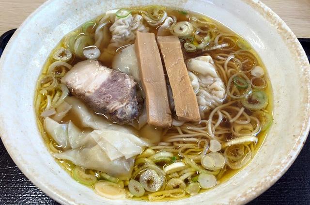 弥太郎のワンタン麺